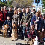 El PSOE reivindica una Málaga defensora de los animales y pide un parque canino para la barriada de La Roca